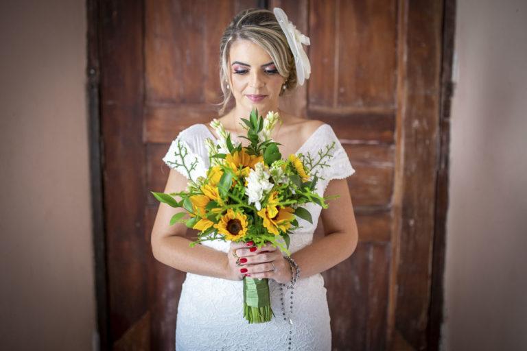3 noiva segurando buquet casamento campinas